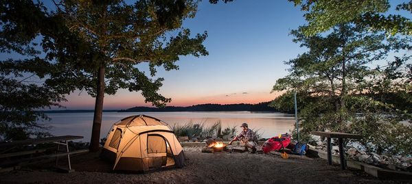 Reasons for a couple to go out for a camping